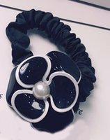 5x4.5cm Мода черно-белый акриловый цветок головки веревки резиновые полосы волос кольцо волос для дам любимые головные уборы ювелирные изделия аксессуары VIP подарки