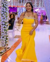 African giallo sirena damigella d'onore abiti fuori dalla spalla lunga con cristallo satinato Plus size Maid of Honor Dress abito da sera formale personalizzato abito da sera
