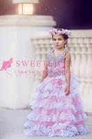 2020 Prinzessin Ruffles Tiered Röcke Spitze-Blumen-Mädchen-Kleider Glänzende Perlen Kristall eine Linie Dubai Arabeske Erstkommunion Kleider