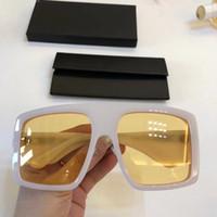 Últimas de venda popular de forma da passarela mulheres óculos de sol dos homens óculos de sol homens óculos de sol Óculos de sol de qualidade superior em vidros de sol UV400 lente