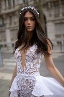 Sexig Sheer Lace Mermaid Bröllopsklänning Elegant Court Tåg Deep V Neck Backless Sheath Plus Storlek Beach Bohemian Bridal Gown Custom Made