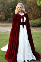 Captume fabriquée 2020 Nouveau Cape à capuche Cape Bourgogne Velvet Christmas Hiver Hallowe Cloaks De Mariage Mariage Mariage Coffre Manteau de mariée