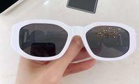 نظارات شمسية غير منتظمة للأزياء 4361 أبيض رمادي Sonnenbrile للجنسين نظارات شمسية UV حماية Occhiali دا الوحيد Firmati نظارات جديدة مع صندوق