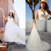 Wedding Beach Style Una linea scollo a V Plus Size abiti da sposa cappella treno tulle bianco donne sudafricane Abiti da sposa scollato sulla schiena