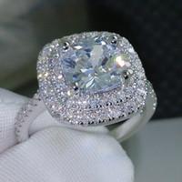 Di lusso delle donne calde di cerimonia nuziale Anelli d'argento di modo della pietra preziosa anelli di fidanzamento per i monili delle donne simulato Anello di diamante a nozze