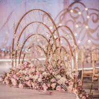 Yeni stil Moda Çiçek Çelenk Yapay Metal Inci Çelenk Çerçeveleri Düğün Için çiçek standı masa geçit sahne dekorasyon senyu0108