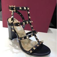 neue 2018 neue europäische frauen nieten sandalen mit 9,5 cm hohen nieten mode sandalen 6 farbe größen 35-41