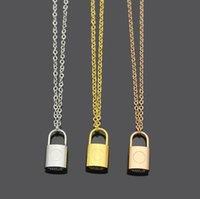 Moda quente bloquear brincos de pingente de colar letra pulseira iniciais para homens e mulheres partido amantes presente de casamento de aço inoxidável conjunto de jóias