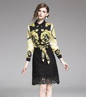 ouro Flora impressa Lace mulheres costura vestido A linha de vestidos de estilo de rua falso de duas peças na altura do joelho manga longa