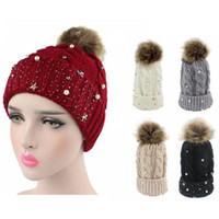 Wome New Top Knitted Skullies Hat Inverno Curling Calda Perla Caps Ispessimento Berretti all'uncinetto Gorras 10 pezzi un sacco
