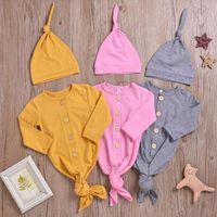 Toddle Одежда осень Твердые полосатые Rompers Шляпы Костюмы для новорожденных с длинным рукавом Пижамы Fish Tail Спальные мешки Крышки Набор Homewear Пижамы C6953