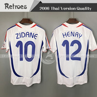 Jersey de football rétro 2006 # 10 Zidane 84 86 1982 # 12 Henry 2000 Trezeguet Vieira Ribery 06 Chemises de football Vintage Vintage