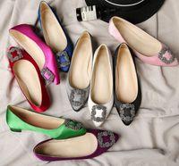 Kızın İpek Çok Kristal Süslenmiş Kadın Flats Elbise Ayakkabı Rhinestone Mücevherli Seque Toka Sivri Burun Slip-On Bale Ayakkabı Düğün Gelin Zapatos