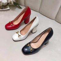 Clásico de tacón alto zapato de bote de cuero de cuero tacón alto tacones altos 100% cuero de vaca cabeza redondo botón de metal zapatos de vestido de mujer tamaño grande 34-42 US4-US1