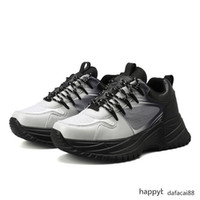 2019 Luxury Fashion Run Away Pulse Sneakers Mens Triple-s Designer Shoes Mens Flatform pattino di modo casuale Trainer Sneaker c15