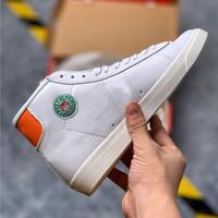 Blazer Mid x Hawkins High School Sports Shoes Stranger Things أحذية كرة السلة أحذية رياضية الساخن بيع المدربين مع صندوق