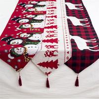 Tableau de décoration de Noël Elk Runner Lin Buffalo Vérifiez Tablecloth avec pompons de Noël Accueil Fête Décorations de mariage JK1910XB