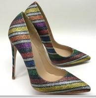 Rainbow Stripe Lantejoulas Femininas Fundo Vermelho High-Heeled Sapatos 8cm 12cm 10cm tamanho grande 44 cúspide salto fino Único sapatos noturno noturno noturno