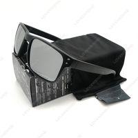 Vente en gros - Lunettes de soleil de mode pour hommes Smoke Matte Black Frame Polarized Lens New YO92-44 Brand New Outdoor Glasses Livraison gratuite