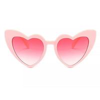 lunettes de soleil à la mode coeur pour femmes unique lunettes de soleil yeux de chat noir rose rouge forme de coeur lunettes de soleil pour les femmes uv400
