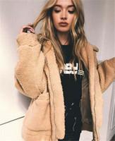 Chique na moda do falso casaco de pele Mulheres 2019 outono inverno de espessura macia e quente Revestimento do velo de bolso Zipper Casacos Teddy Bear Overcoat