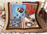 IN 4 PCS Kinderkrippe Bed Set Sport-Baseball-12 Kinderbett Betten Inc Babysteppdecke Staub Rüsche bedcover