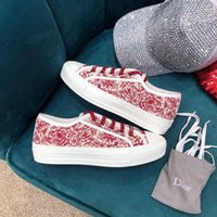 2019 French new red ladies shoes classic canvas ladies sneak...