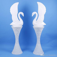 Hot vente coloré changé colonne LED mariage romaine route plomb Pots de fleurs européens Styles Piliers Plastiques Route Props décoration de mariage cités