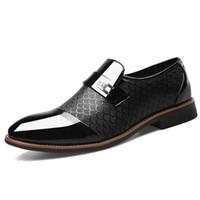 Boyutu 38-48 erkek Rugan Elbise Ayakkabı Timsah Kabartmalı PU Deri Moda Erkek Ayakkabı Erkek İş Düğün Brogue Ayakkabı NNHV-DA