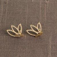 Осень и зима новые продукты простые и стильные ажурные серьги лотоса женские цветочные серьги jm002