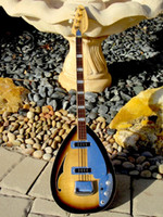 4 Saiten Tabak Sunburst Tear Drop Vox Phantom E-Bass Halbhohlkörper, Single F-Loch, Large Block Inlay, Nickel Hardware