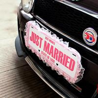 1pcs apenas casado casando Decoraciones de coches de bodas del contrato número de matrícula Hangtag sesión Suministros Caravana de coches Decoración