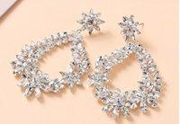 2021 Trouver des cristaux de mode Similaires brillants boucles d'oreilles argent strass boucle d'oreille pour femmes Bijoux de mariée cadeau de mariage pour la mariée