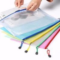 I nuovi 5 colori A4 / A5 del PVC bagagli sacchetto di scuola di forniture per ufficio trasparente Notebook foglio allentato cerniera autosigillante File Holder LX1799