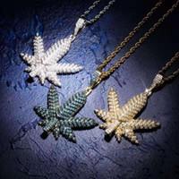 ледяной кленовый лист кулон ожерелья мужчины роскошные дизайнерские мужские побрякушки алмазные листья подвески золото серебро павлин синий ожерелье ювелирные изделия подарок
