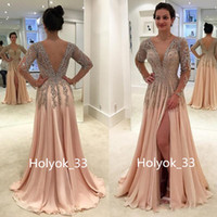 2019 Stunning Crystals Crystals Beaking Chiffon A Line Prom Abiti con maniche lunghe Sexy Open Back Side Abiti da sera