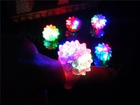 Blinkende Blasen Ring-Party-Partei Blinzeln weichen Gelee-Glühen-LED leuchtet Parteibevorzugungs Kinder Geschenk Plastikring 100pcs / lot FFA3475