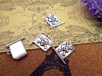 45pcs-- drapeau pirate Charms, os Flage pendentifs charme antique crâne tibétain 22x18mm