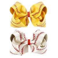 7 pulgadas de 8 pulgadas de softball grande de béisbol de la alegría de la alegría de los arcos de la cinta hecha a mano de la cinta y el arco del pelo de cuero para las chicas de la animadora