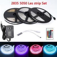 RGB LED Strip 5m ha condotto la luce 2835 5050 DC12V 300Leds nastro flessibile impermeabile di illuminazione del nastro telecomando UE spina USA Adapter Set
