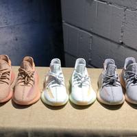 أحذية جديدة Yeezreel Yecheil الأسود ثابت 3M عاكس كاني ويست رجل حذاء رياضة دائرة المخابرات العامة الوهج نموذج صحيح كلاي زبدة النساء لكرة السلة مع مربع