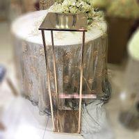 새로운 스타일의 골드 키가 결혼식 꽃 스탠드 장식 / 더 조명이 중심 / 금속 기둥 best0966 없습니다