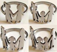 50pcs Edelstahl Familie Zahlen Silber Laser geschnitten Ringe Gut Finish Oberfläche Familie Warm Liebe Geschenk Mädchen Sohn Mamma-Vati-Liebhaber Netter Ring