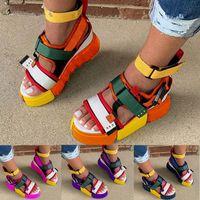 Sandales plate-forme des femmes Multicolor Bracelet ouvert Toe Sandales d'été avec jupe de plage