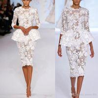 2020 Petit mariage Robes demi-manches longueur genou courte en dentelle florale Haute Couture Gaine formelle mariée Robes