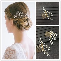 White Flower Hair Comb Crystal Handmade Bridal Pins Pearls W...