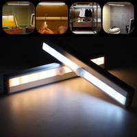 10 LED Capteur de mouvement rechargeable Cuisine de nuit Cuisine de nuit Sous Cabinet Lights Armoire sans fil Armoire USB Lampe d'éclairage de batterie USB