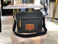 Сумка L 44Luxurys дизайнеры сумки черная и коричневая отделка необязательна для Mailman Bag520 стильный диагональный кросс обертки размером 30 25 12 см
