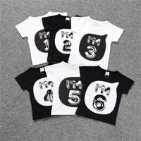 Yeni Bebek Çocuk Şekil Mektupları Tişört En Tees Erkekler Kızlar Siyah Beyaz Tshirts Ins Yaz Çocuk Bluz Tişörtlü Pamuk Giyim D3303 yazdır