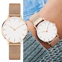 Nouvelle mode Steel Strip regarde 32mm Femmes Montres 40mm Hommes Montres Quartz Watch Relogio Feminino Montre Montre Montre-Bracelet